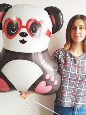 Панда влюбленная
