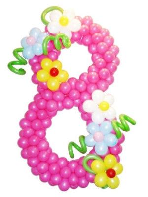 Цифра из шаров с украшениями