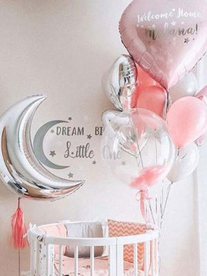 Украшение комнаты при выписке из роддома «Мечты»