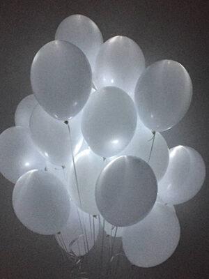 Сяючі кульки на весілля